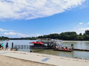 Künstlerstadt Szentendre am Ufer